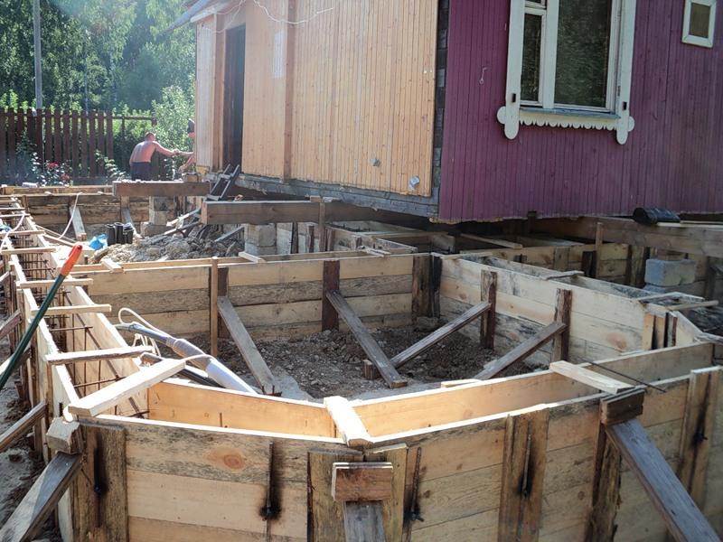 Ремонт старого дома своими руками