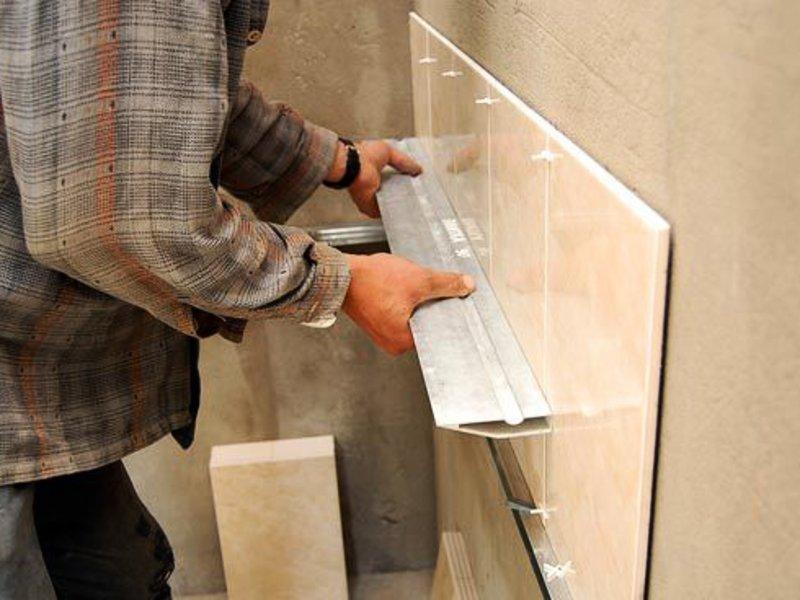 Как правильно укладывать плитку своими руками