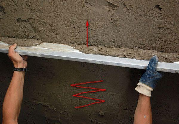 Ручная или машинная штукатурка стен