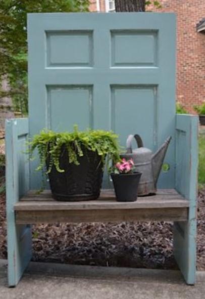Садовые скамейки для загородного дома